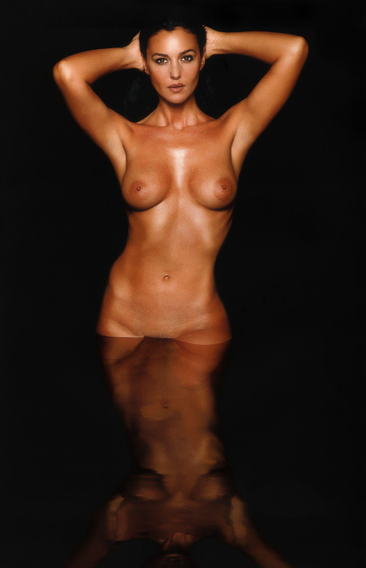 Фото стрипциз голые девушки 22 фотография
